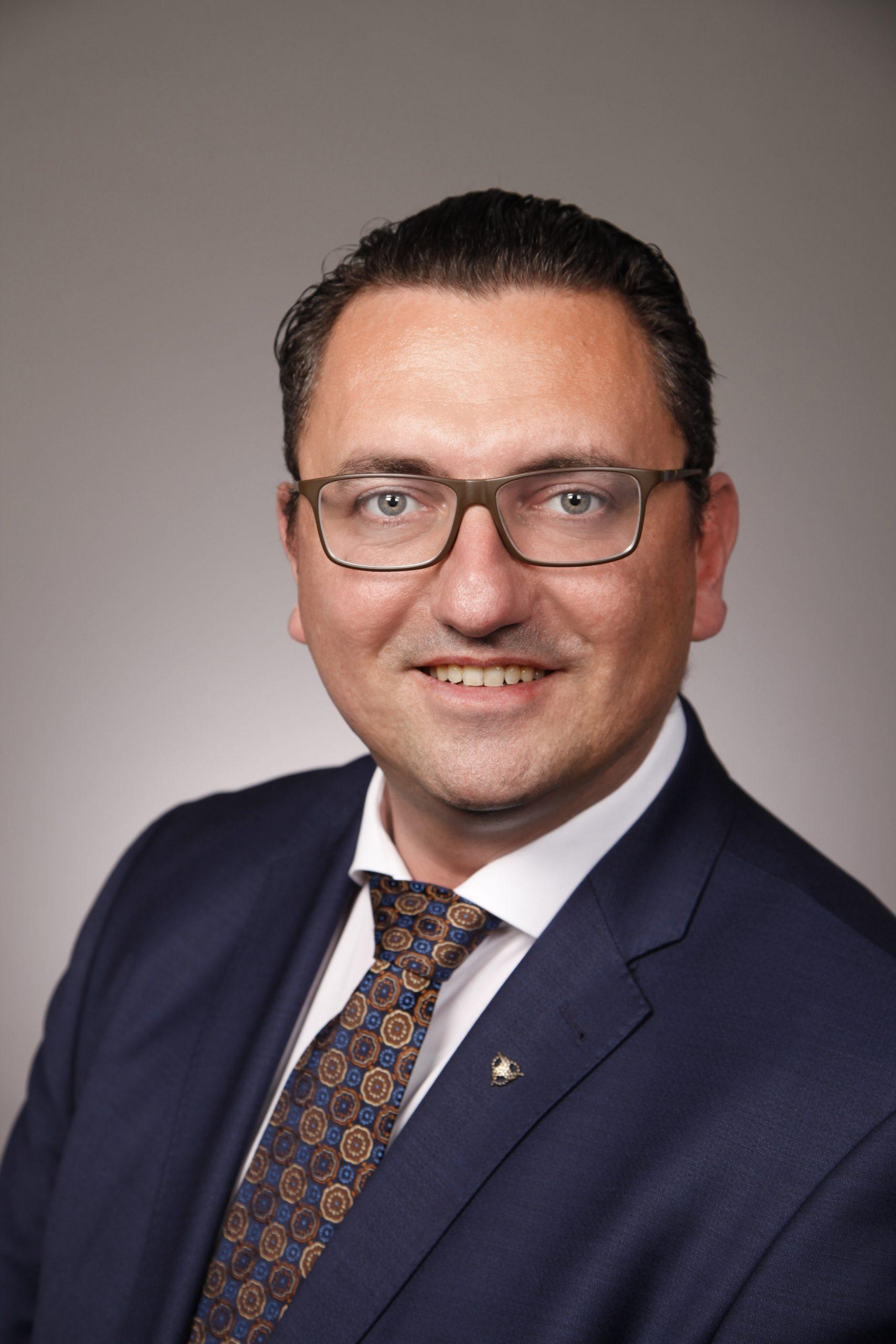 Dubravko Mandic